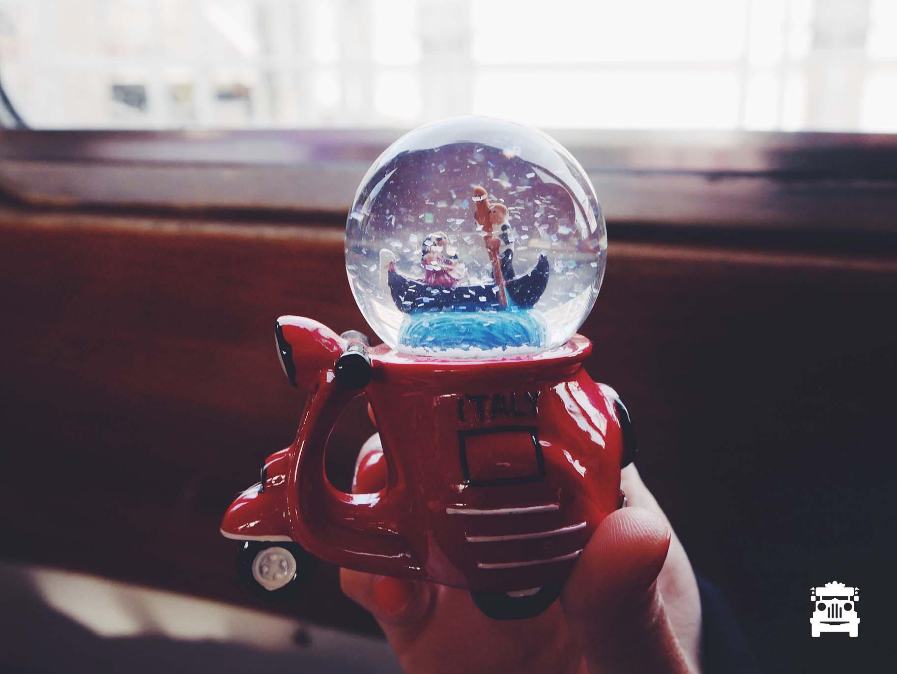 The snow globe for Wifey :)